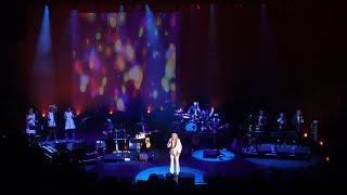 Sylvie Vartan - Est-Ce Que Tu Le Sais ? Live @ Olympia, Paris, 2017