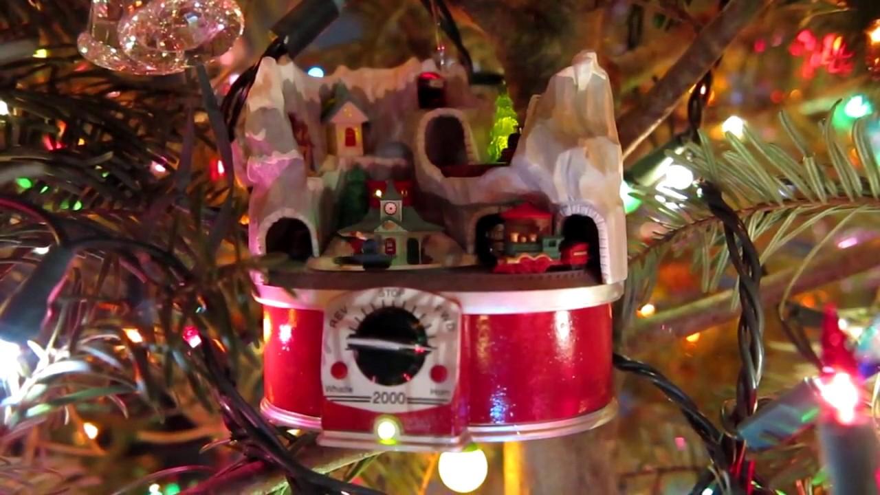 cool christmas tree decorations