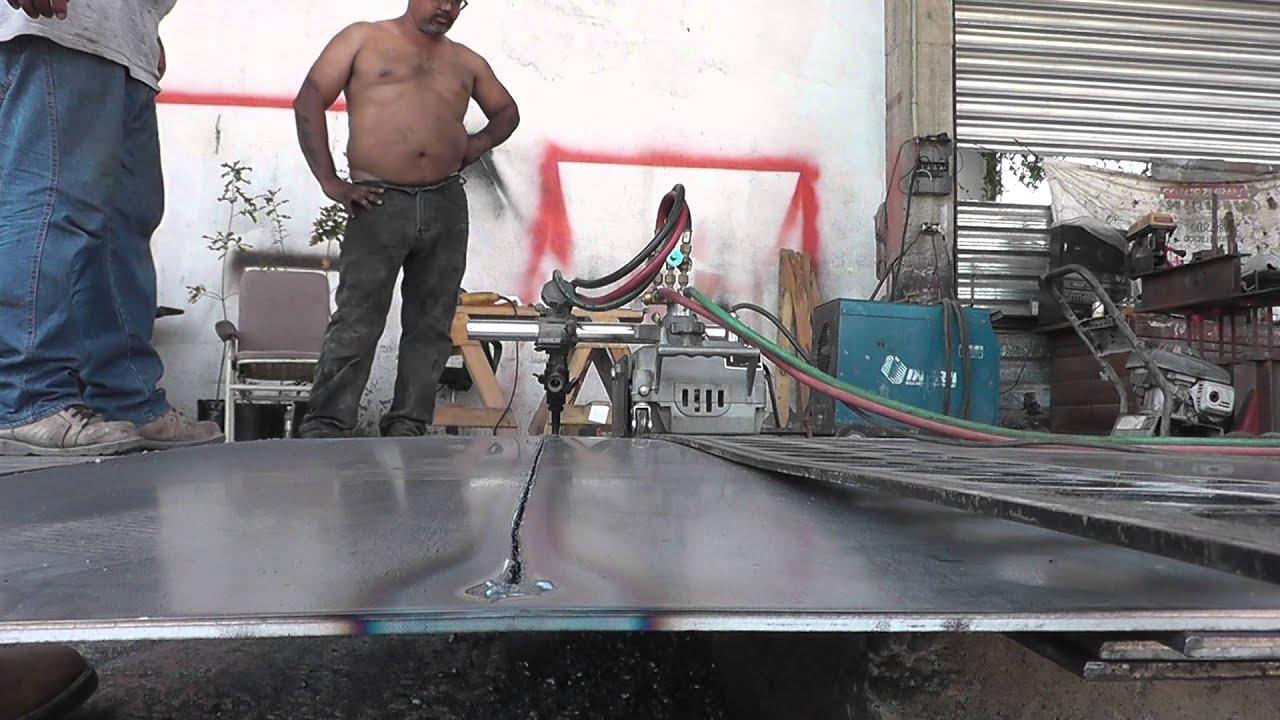 Cortando placa de acero con equipo youtube for Placa de acero