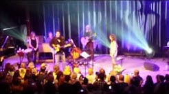 Vince Gill Singing about Amy Grant