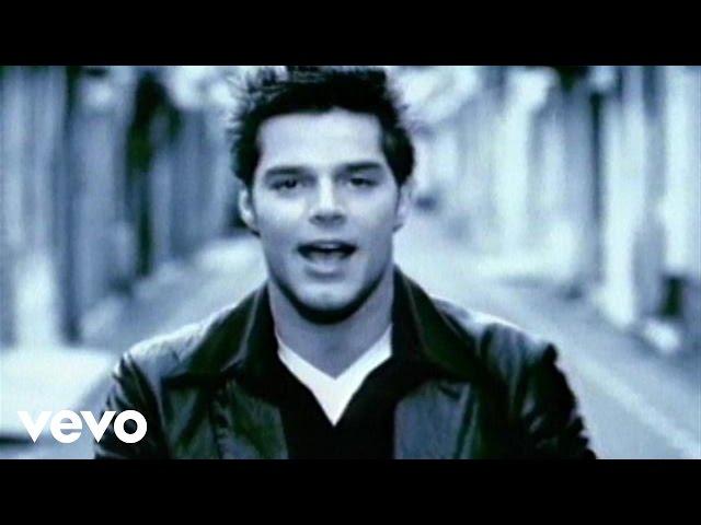 Ricky Martin - María (Video (Spanglish) (Remastered))