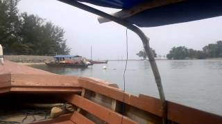 Video Exploring Batam Island, Indonesia download MP3, 3GP, MP4, WEBM, AVI, FLV Juli 2018
