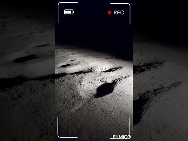 Un vecino hizo un vídeo comparativo de los pozos de La Armonía con los cráteres de la Luna