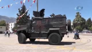 Otomobil festivalinde 'Zırhlı Muharebe Aracı' sürprizi