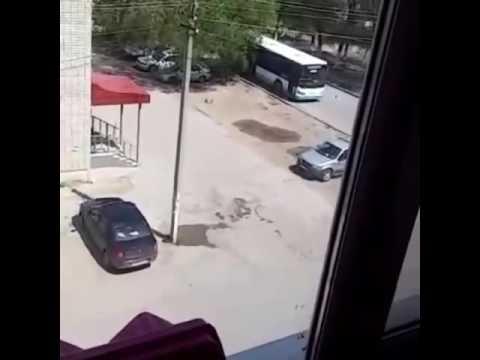 В Актобе захватили автобус 05.06.16