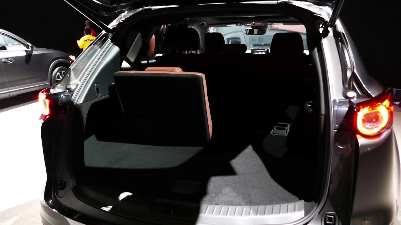 new 2018 mazda cx 9 suv checking cargo area space 2017. Black Bedroom Furniture Sets. Home Design Ideas