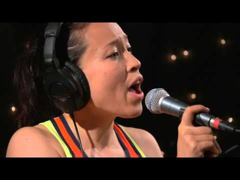 Little Dragon - Klapp Klapp (Live at KEXP)