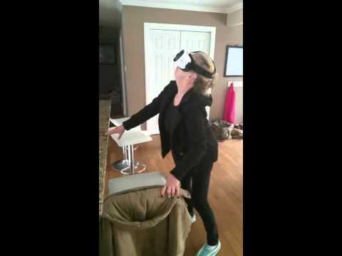 Mother tries virtual reality gear for Samsung Galaxy s7