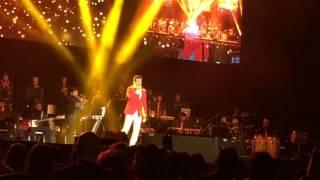 Sonu Nigam Live in Concert AMS NL Oct 30 2015 (1) Aa Ab Laut Chalen & Kaun Hai Jo Sapnon Mein Aaya