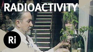 Offering A Plant A Radioactive Cocktail - Christmas Lectures with Eric M Rogers