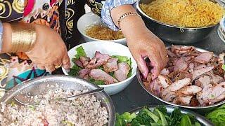 Vietnam Street Food - Anthony Bourdain Lunch Lady Prawn & Pork Noodles