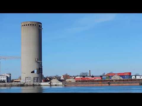 Demolition Of Silo Goes Wrong, Denmark (For Licensing Or Usage, Contact Licensing@viralhog.com)