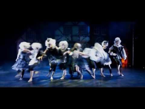 Scrooge - A Christmas Carol van STEMP. December 2014.