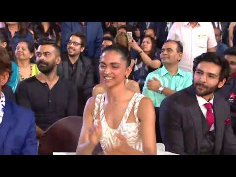 Ranveer Singh Akshay Kumar Steal The Show Dance Performence    22nd Star Screen Awards 2016   YouTub