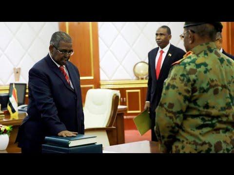 السودان: وزراء جدد في الداخلية والمالية والنفط لمواجهة الأزمة الاقتصادية  - 10:54-2019 / 3 / 14
