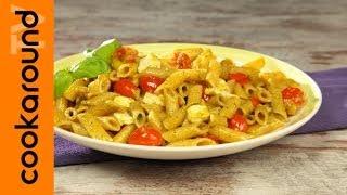 Insalata Di Pasta Fredda Con Pesto E Pomodorini
