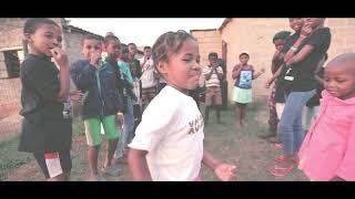 MUNTU WABANTU FEAT FORGOTTEN SOULS : SONGENA NGE VOSHO VIDEO.mp3