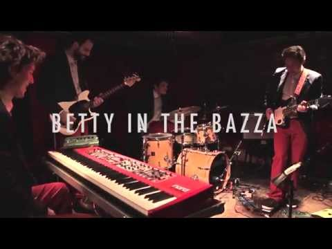 EXPRESSWAY SKETCHES • Betty in the Bazza (Live)