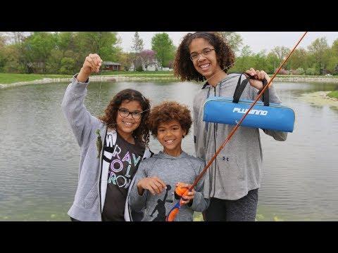 🐠Kids fishing video with PLUSSINO kids fishing pole and rod combo🐟