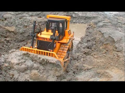 CATERPILLAR EQUIPMENT WORK! HEAVY RC MACHINES AT WORK! COOL RC TOYS IN ACTION!