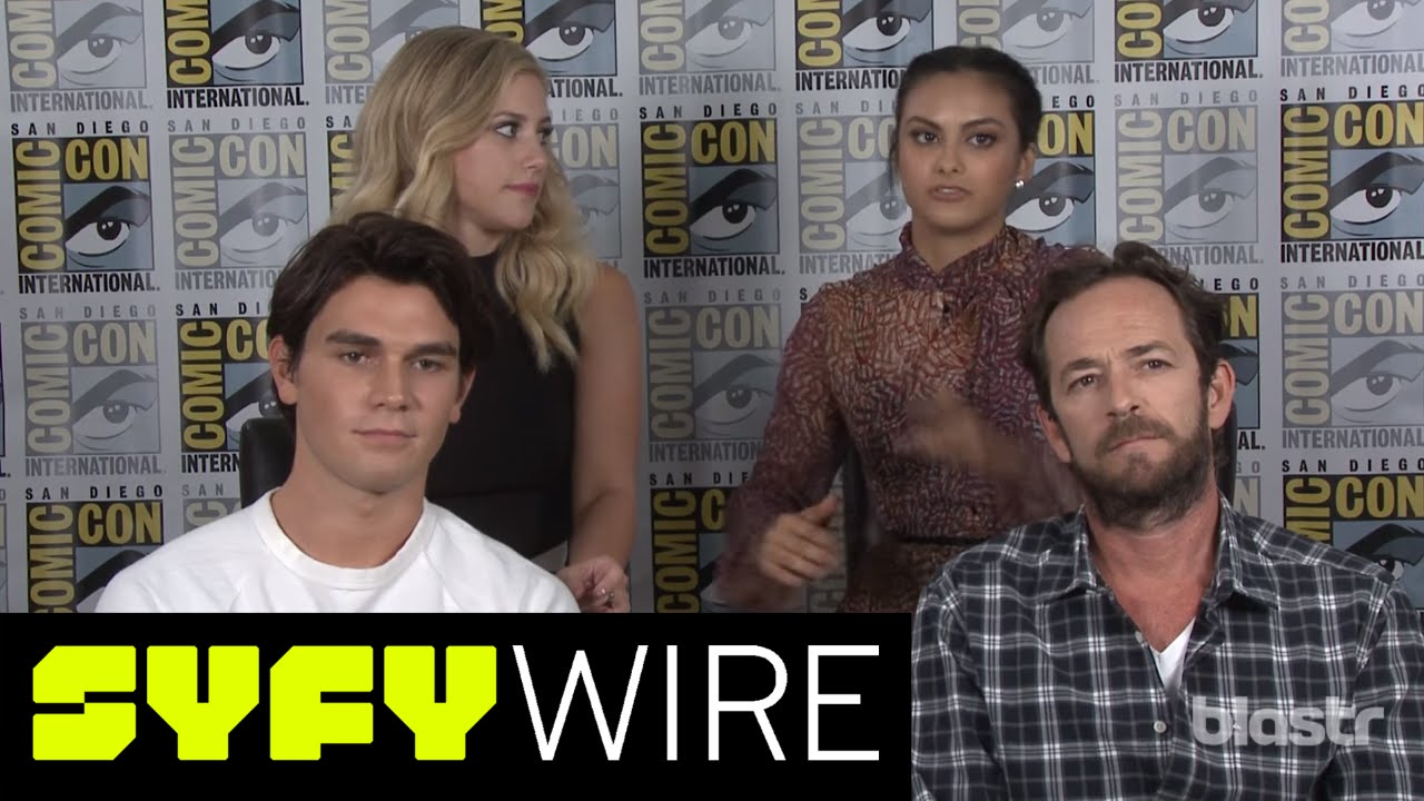 Archie in 2016 meet the riverdale cast comic con 2016 syfy wire archie in 2016 meet the riverdale cast comic con 2016 syfy wire m4hsunfo Images