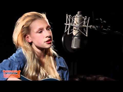 Billie Marten - Middle of the Bed (Lucy Rose cover) - 12 Years Old - Ont' Sofa Sessions