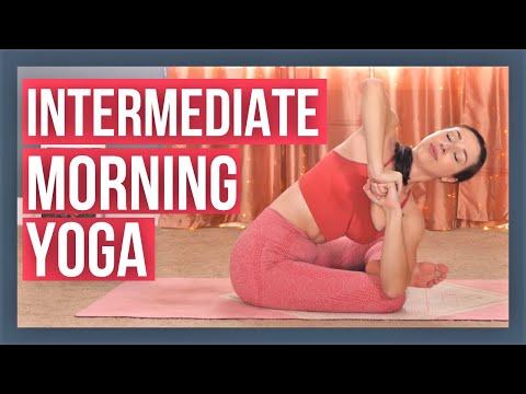 30 min Morning Yoga Flow - Intermediate Full Body Vinyasa (with Luna!)