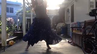 Download Video Dancing outside MP3 3GP MP4