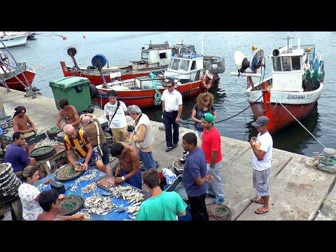 Fishermen / Pescadores puerto / Punta del Este, Uruguay / Fishsing fishhook / Pesca anzuelo