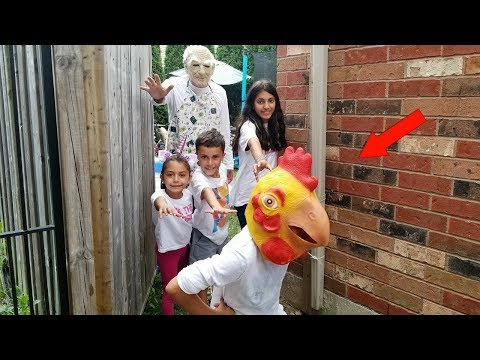 Helping grandpa finding his chicken that escape from his backyard Hzhtube Kids Fun