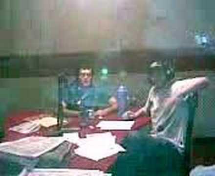 tula y nico en la radio