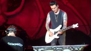 Avenged Sevenfold Carry On FRONT ROW!!! Rock USA 13