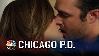 Chicago PD - Lindsay and Severide Kiss (Episode Highlight)