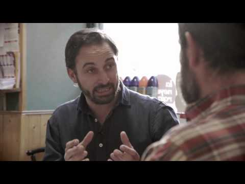 Santi Abascal con Jordi, follonero, en el bar de Salvador Monedero