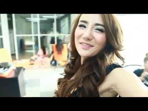 หลินหลิน GND2014  จูงมือคุณมุดเข้าห้องเก็บตัวสาวข้างบ้าน   FHM Thailand