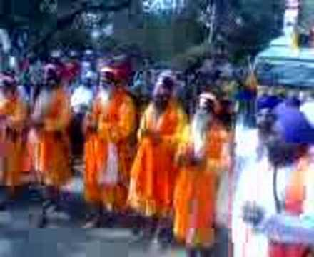 300 YEARS OF KHALSA :: TEEN SAU SAAL GURU DE NAAL