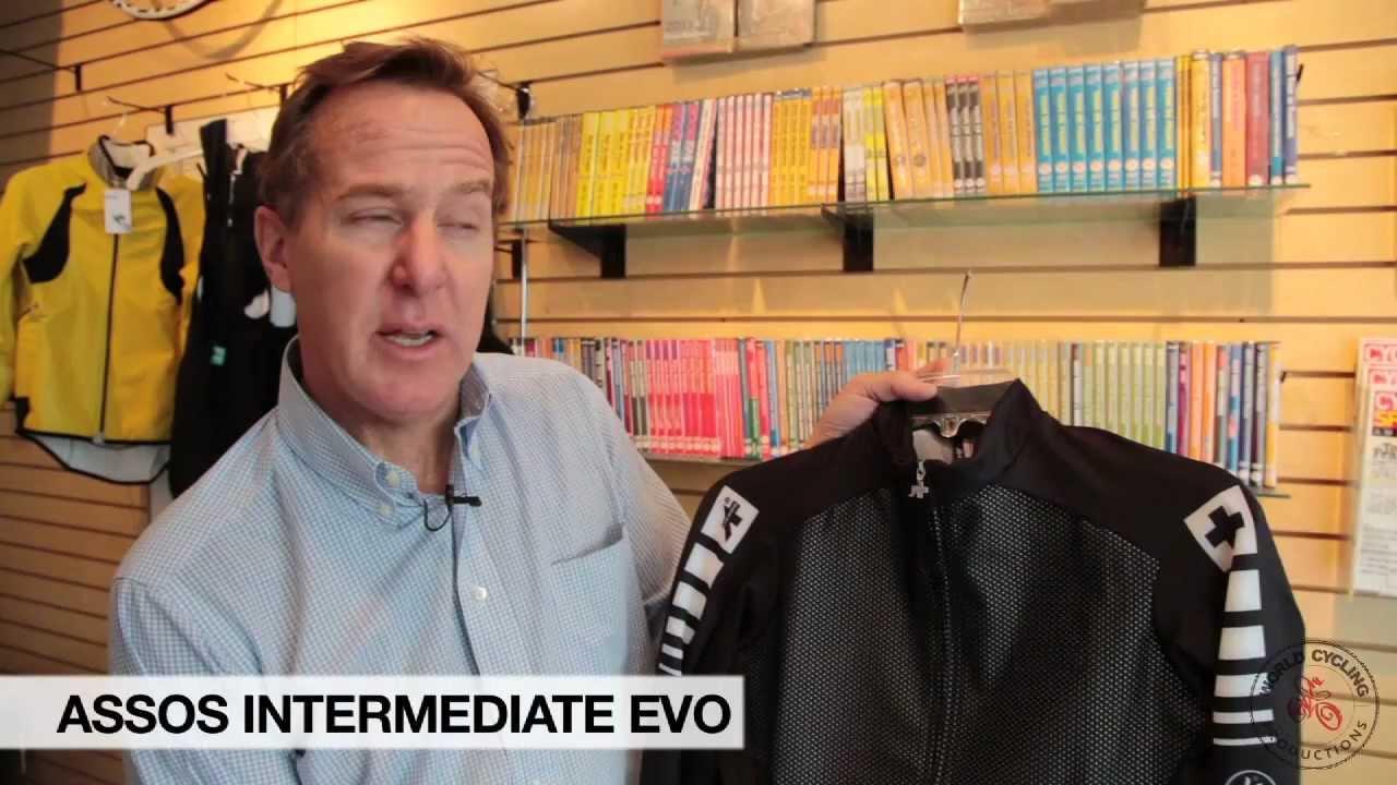 Assos Intermediate Evo Jacket - Product Reviews World Cycling Productions -  YouTube da46136c6