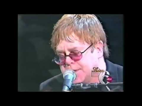 ELTON JOHN MONA LISA AND MAD HATTERS LIVE KIMMEL CENTER 2001