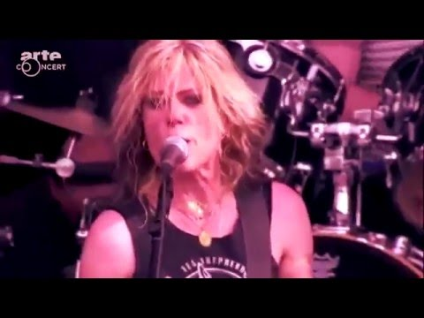 l7---pretend-we're-dead-(live-at-hellfest-2015)