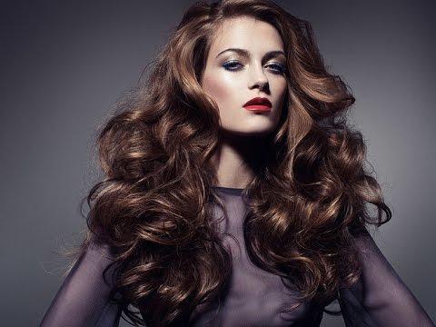 Прически и стрижки средней длины на волнистые волосы фото