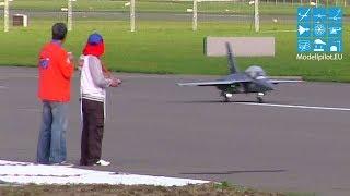 Chi Wing Lau China Hongdu L-15 - Jet WM 2013 - 3. Wertungsflug 20 kg