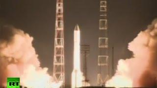 Espectacular despegue del cohete-portador ruso Protón-M