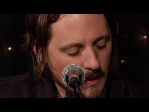 Sturgill Simpson - I Never Go Around Mirrors (Live on KEXP)