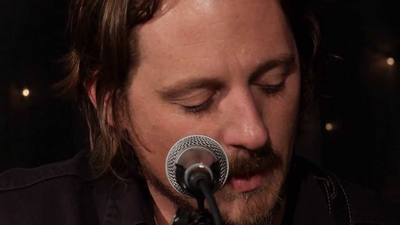 sturgill-simpson-i-never-go-around-mirrors-live-on-kexp-kexp
