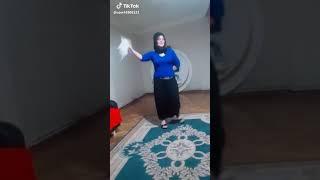 Seksi Türk Türbanli Göğüslere Dikkat