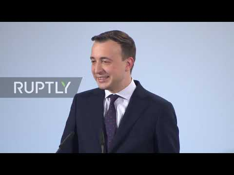 Germany: CDU chief 'without any anger' after Greenpeace activists steal 'C' from party HQ