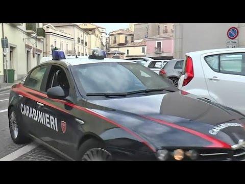 Mafia clan ran migrant centre for ten years, say Italian police