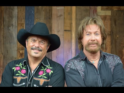 Play Branson Interviews Brooks and Dunn