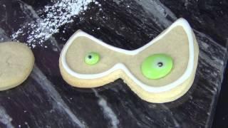 Spooky Eye Cookies for Halloween by www.SweetWise.com