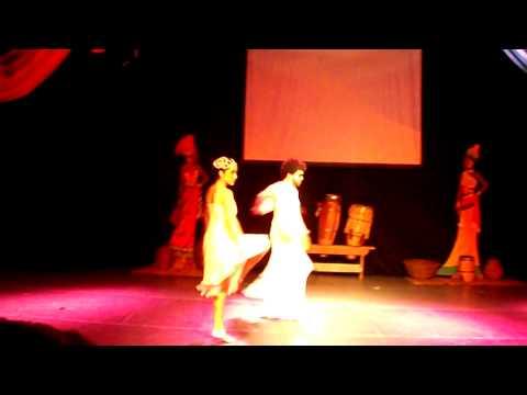 "Pas de Deuxs ""Sawabona Shikoba"" espetáculo ""Africa"" Academia Performance"